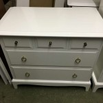 Small chest of drawers - Refinished in semi gloss white